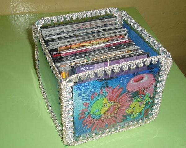 Из коробок от дисков своими руками фото