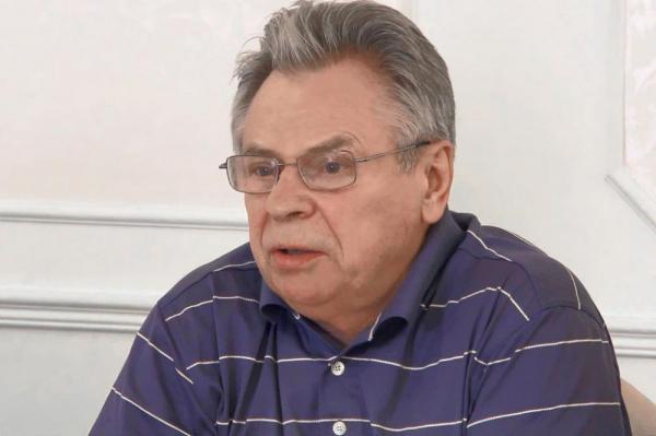 Академик Тишков заявил, что предмет о светской этике в школах нужно заменить основами православия