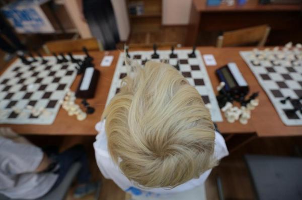 В Алтайском крае запустили проект «Шахматы в школе»
