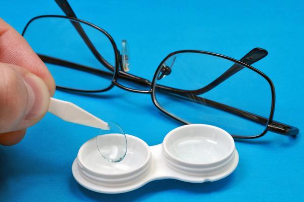 Что на самом деле портит зрение?