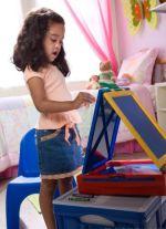 Пенза: дошколята постигают азы городецкой росписи
