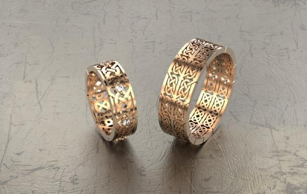Современные кольца и серебряные украшения