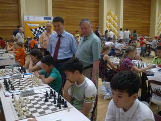 Путин участвовал в возрождении занятий шахматами в школах