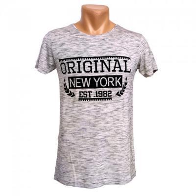 Стильные футболки известных брендов