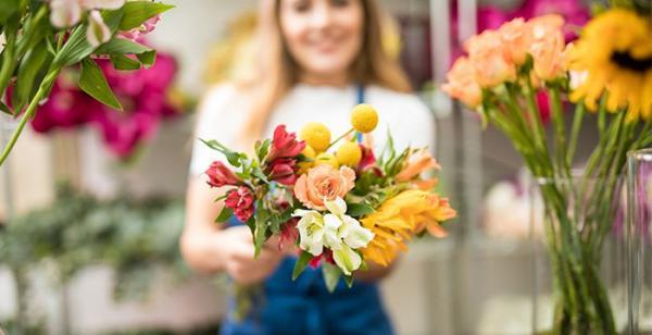 Доставка цветов в Санкт-Петербурге 24 часа