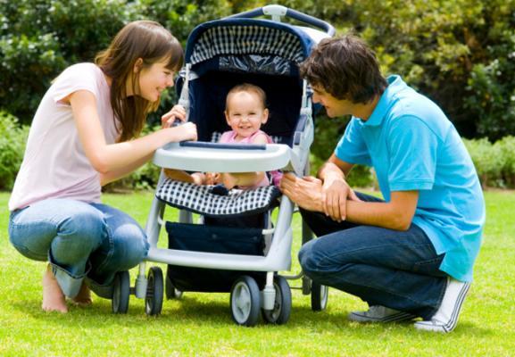 Автокресла и детские коляски