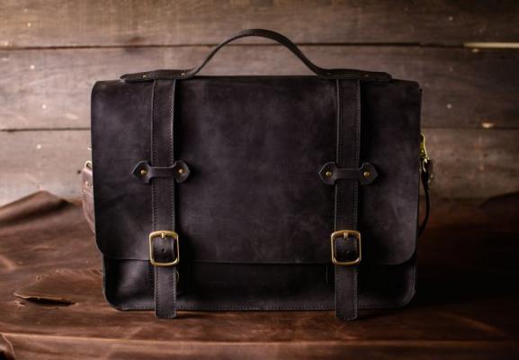 Кожаные мужские сумки и аксессуары