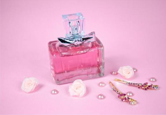 Унисекс парфюм (духи, туалетная и парфюмерная вода)