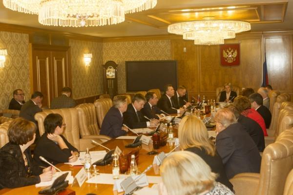 Лидер в обучении иностранцев местному языку – Россия