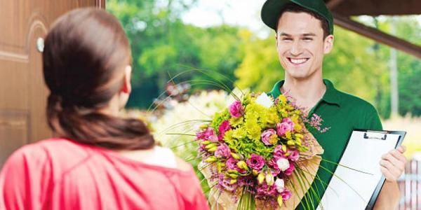 Interflora - международная доставка цветов и подарков