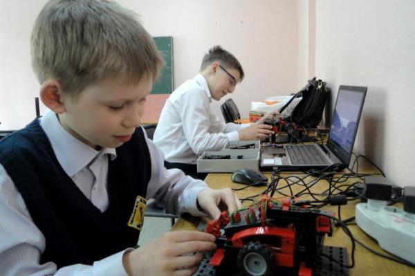 Российские школьники взяли пять медалей на международной олимпиаде по робототехнике
