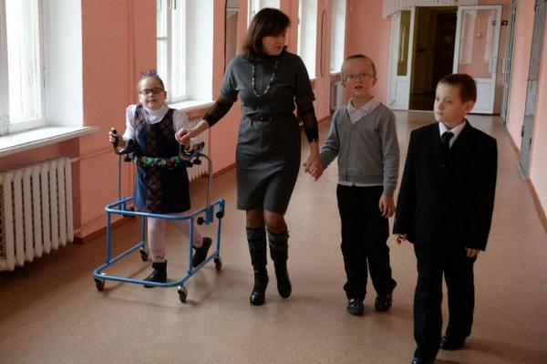 В России пять тысяч школ готовы принять детей-инвалидов