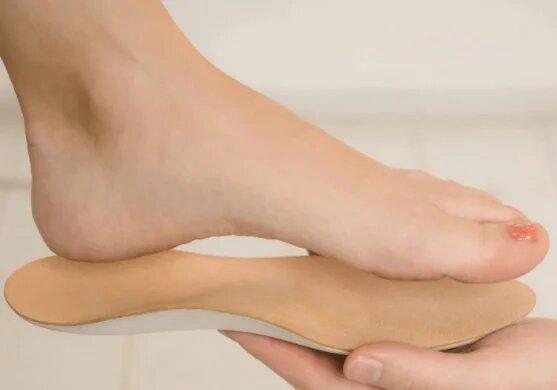 Ортопедическая обувь и стельки для детей