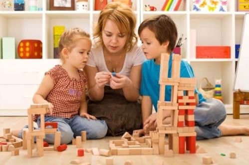 Деревянные развивающие игрушки: их польза и особенности