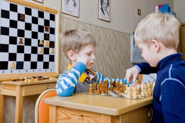 В следующем учебном году в столичных школах начнутся уроки шахмат