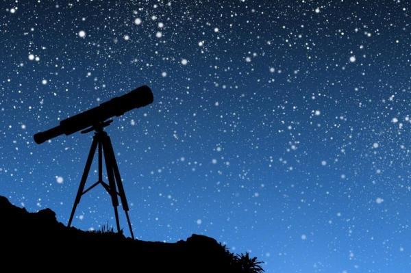 Телескоп и ночное небо
