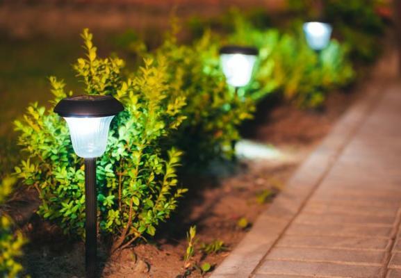 Уличное освещение: парковые светильники светодиодные