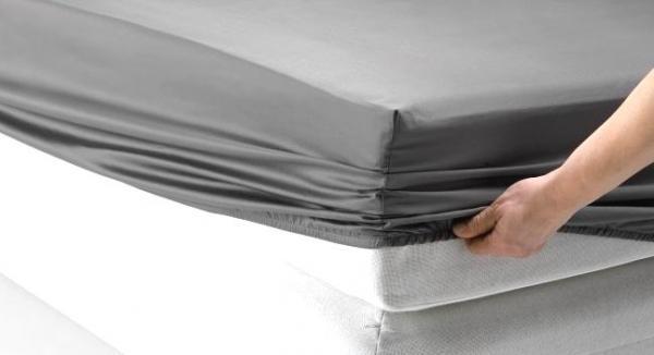 Постельное белье и натяжные простыни